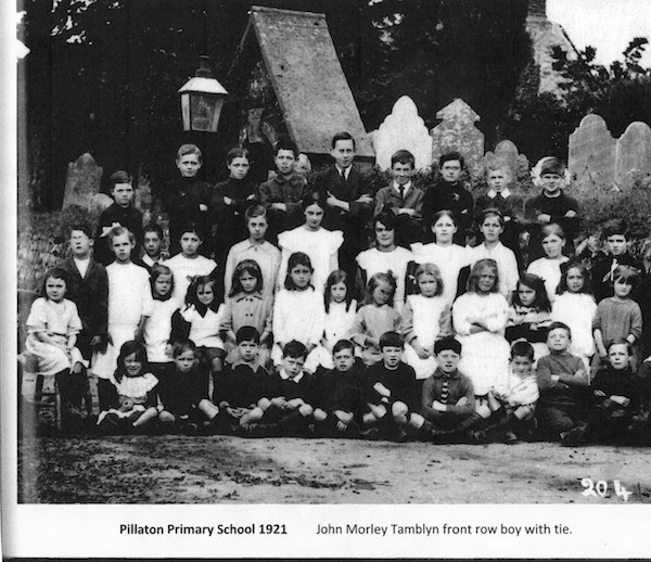 Pillaton Primary School Photo, 1921 (Photo courtesy Dave Joslin)