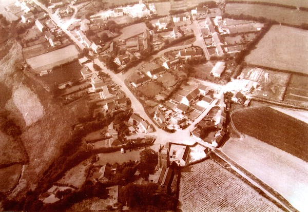 Pillaton from above in 1972 (Photo courtesy Richard & Maire Warwick)